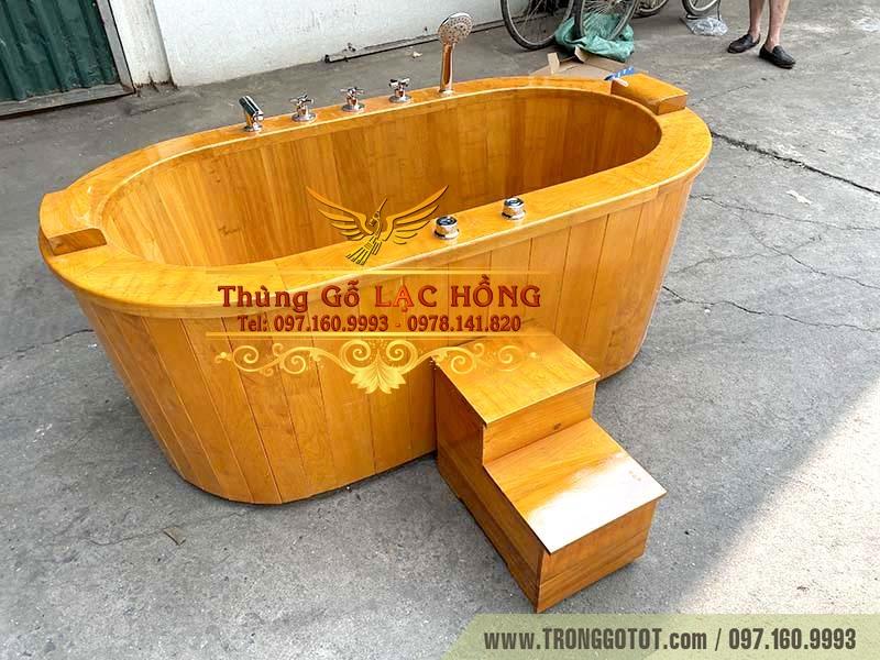 bán bồn tắm gỗ mát xa