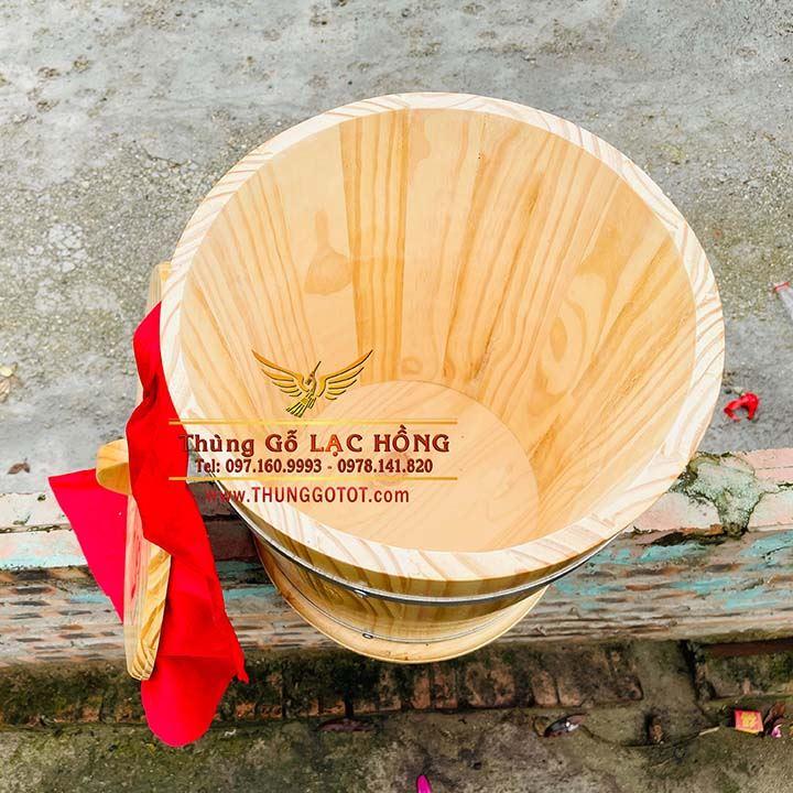 thùng gỗ sồi đựng gạo