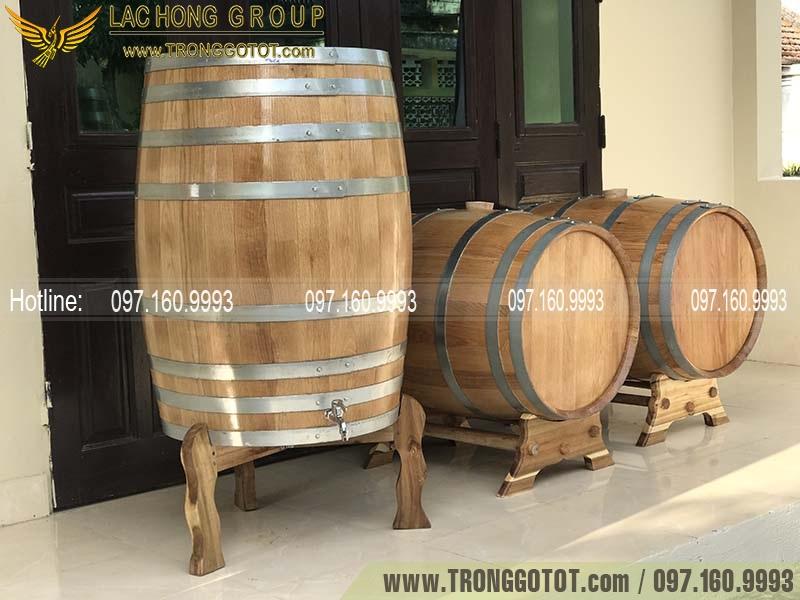 giá thùng gỗ đựng rượu vang