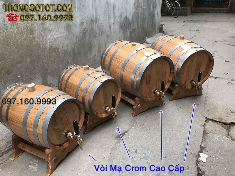 thùng sồi đựng rượu vang