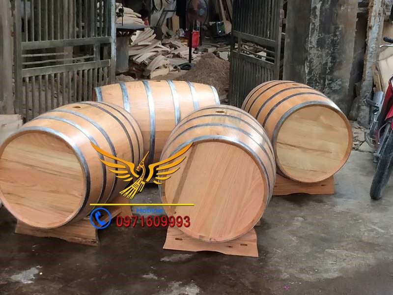 thùng đựng rượu gỗ sồi