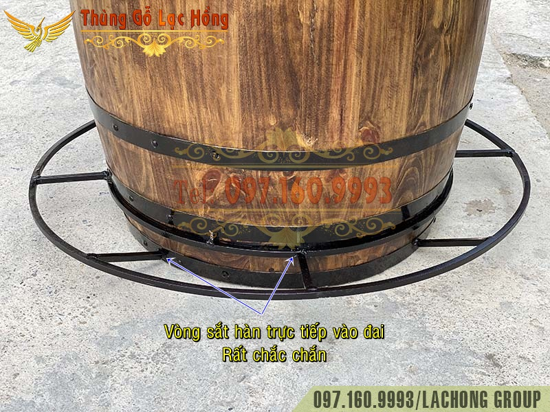 thùng gỗ làm bàn cafe