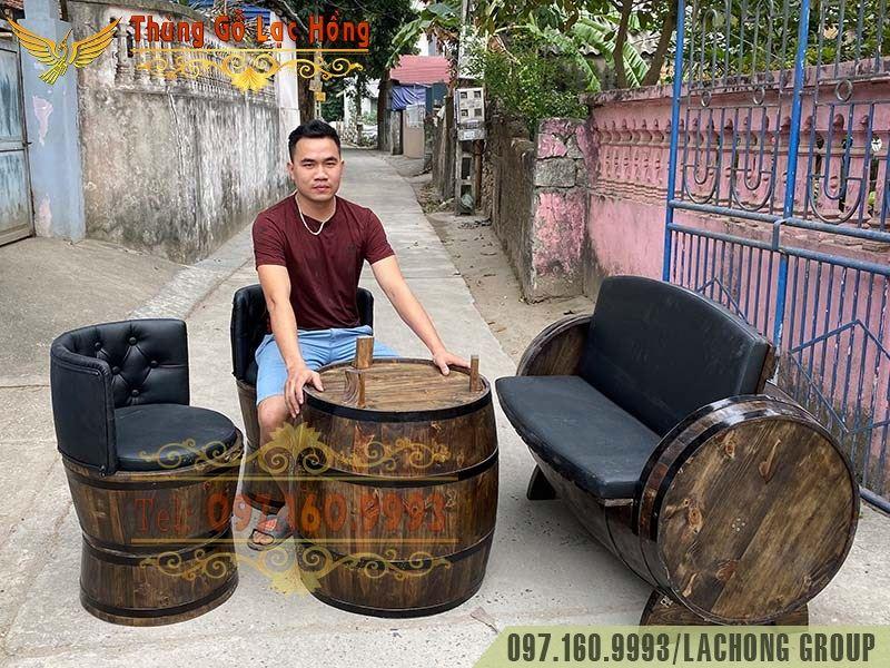 thùng gỗ trang trí bar