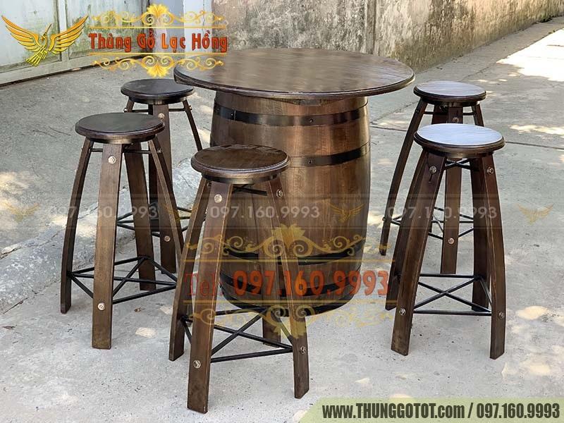 thùng gỗ pallet trang trí