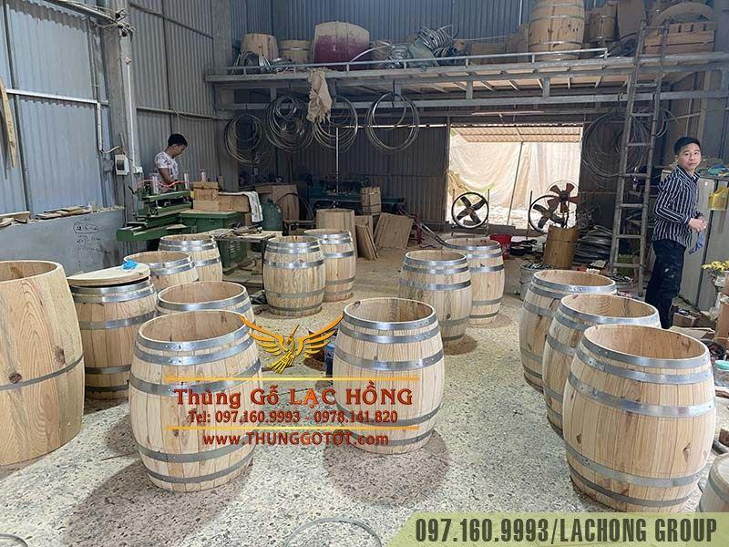 bom rượu gỗ trang trí