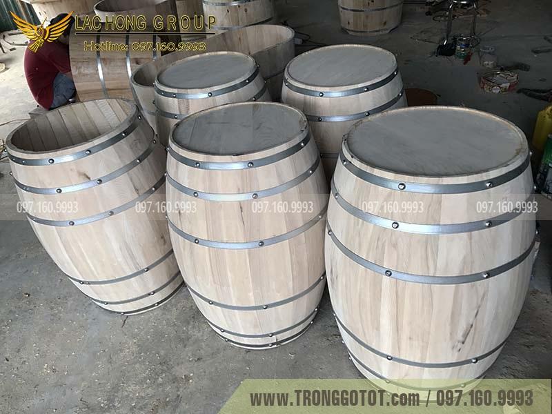 thùng trưng bày rượu bằng gỗ sồi
